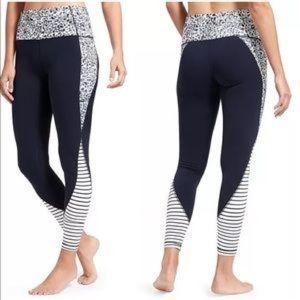 Athleta petal salutation 7/8 leggings medium tall